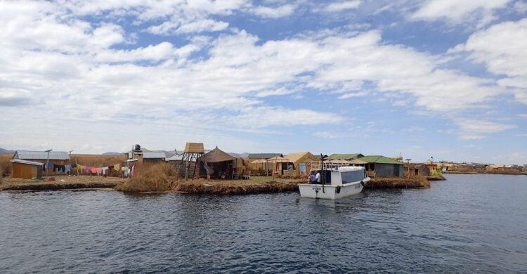 Capitale des îles Uros