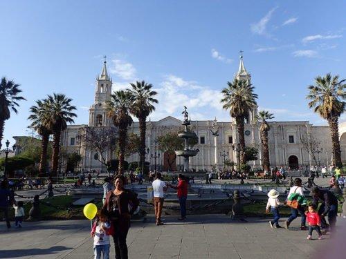La plaza de Armas et sa cathédrale