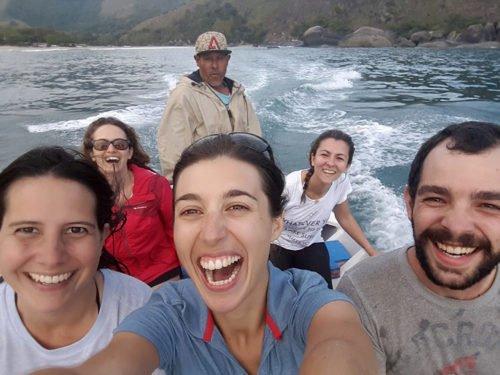 Retour en barque de la plage de Bonete