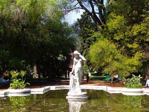 Statue au jardin botanique de Buenos Aires