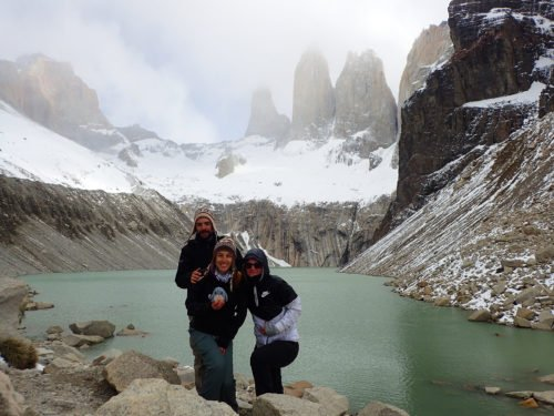Photo souvenir devant les Torres del Paine