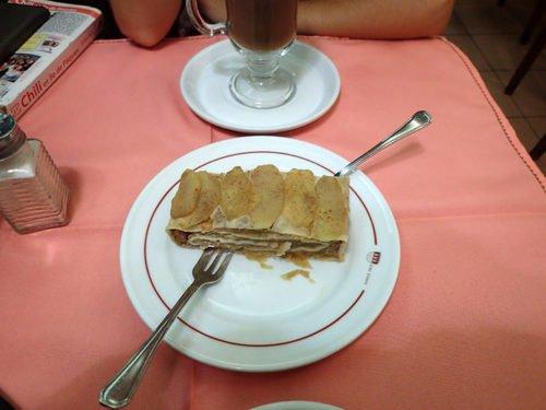 L'Apfelstrudel au Café Colonia
