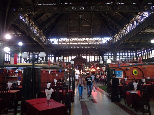 Le mercado central et son architecture métallique