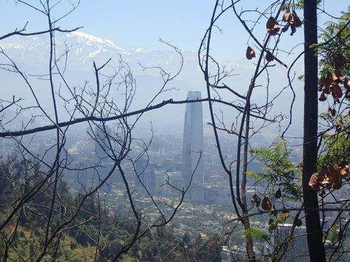 Vue sur Santiago et les montagnes