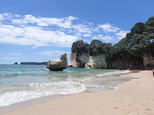 La magnifique plage de Cathedral Cove