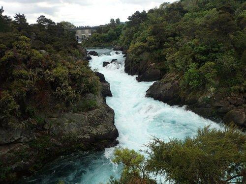 Les rapides d'Aratiatia après l'ouverture des vannes