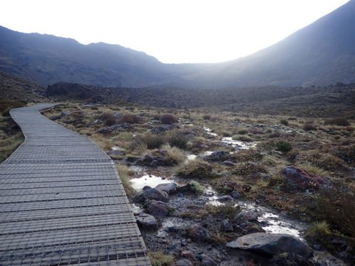 Chemin aménagé de la Tongariro Alpine Crossing