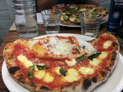 Sucullentes pizzas chez +39Pizzeria