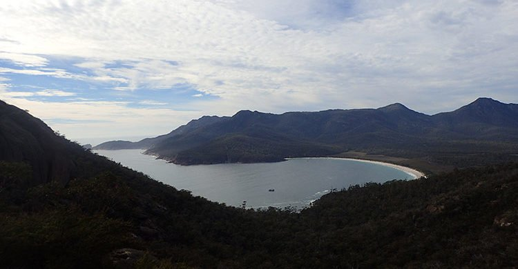 Vue sur la Wineglass Bay
