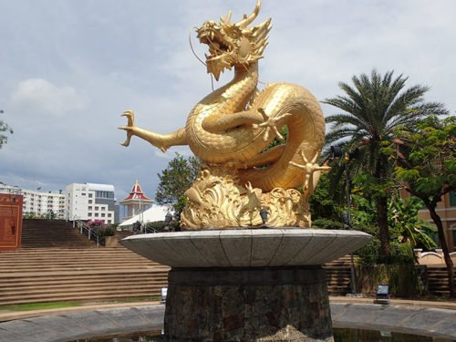 Statue de Hai Leng Ong, le dragon de mer protecteur de Phuket