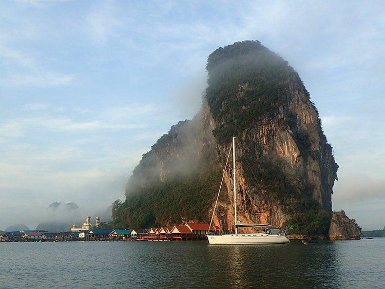 Koh Panyee dans la baie de Phang Nga