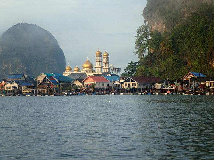 La ville flottante de Koh Panyee