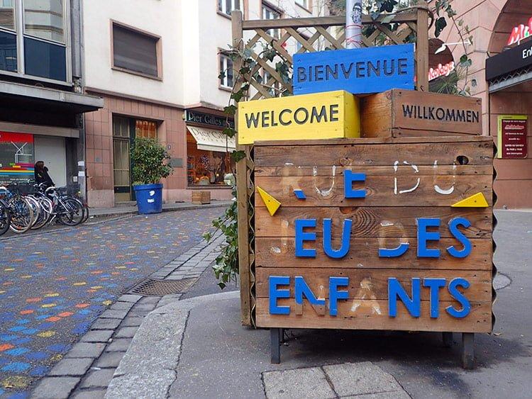 La rue du jeu des enfants à Strasbourg