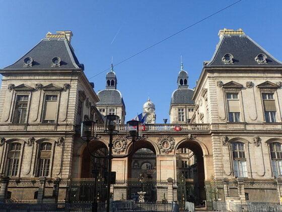 Façade arrière de l'hôtel de ville de Lyon