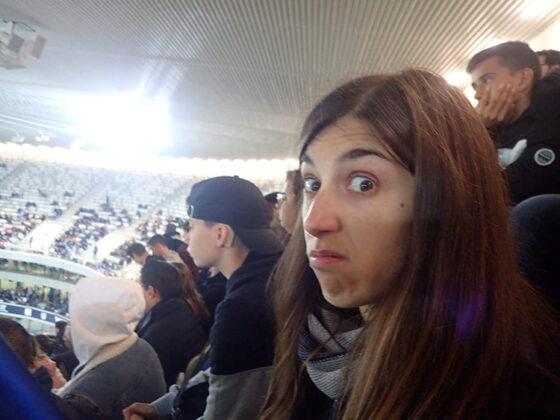 Emilie blasée au stade Matmut Atlantique de Bordeaux