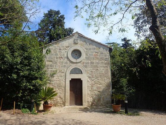 Une petite chapelle non loin de la Cathédrale De Villeneuve-Lès-Maguelone