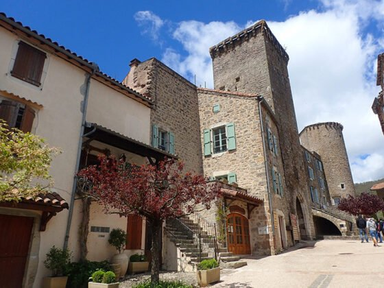 Sainte-Eulalie-de-Cernon, l'un des plus beaux villages de France