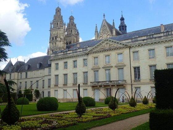 Le jardin du Musée des Beaux-Arts à Tours